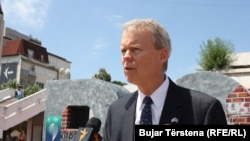 U.S. Ambassador to Kosovo Greg Delawie (file photo)