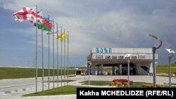 Ադրբեջանական SOCAR պետական ընկերության բենզագազալցակայան Վրաստանում, արխիվ