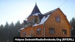Ось так виглядає маєток Святого Миколая на Косівщині