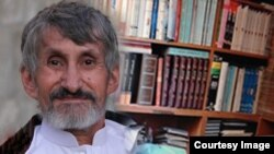 ژورنالیست و نویسندهء افغان محمد اسمعیل اکبر