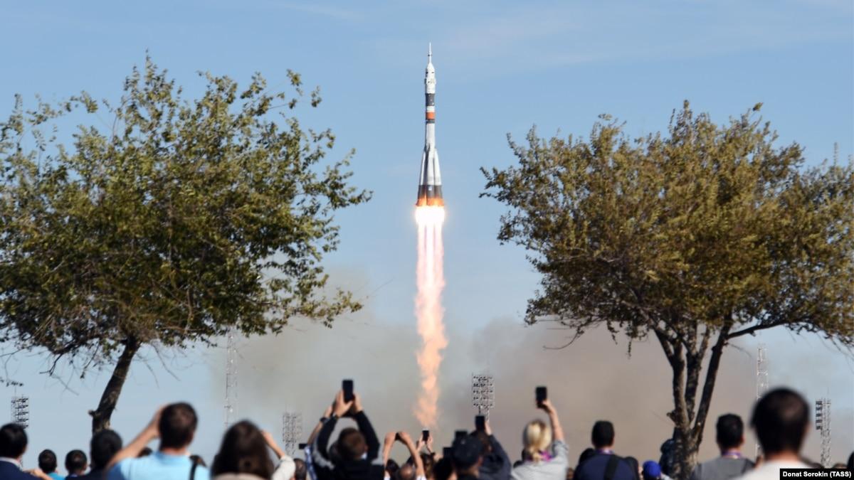 Астронавты с «Союза» экстренно возвращаются на Землю после аварии во время запуска