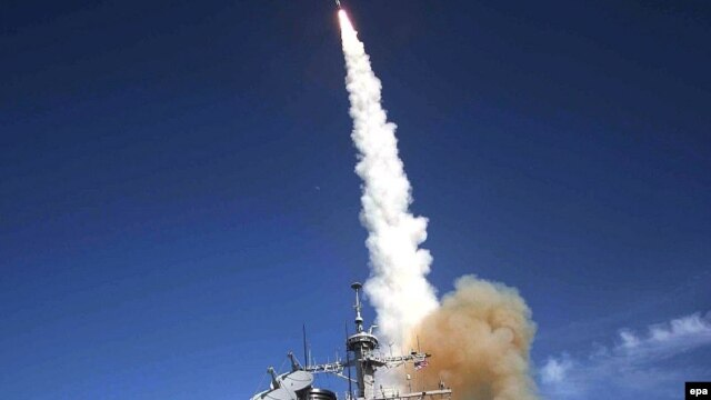 "A missile is launched from the Aegis-combat-system-equipped destroyer ""USS Decatur"" during a Missile Defense Agency ballistic-missile flight test in 2007."