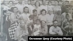 Семья Карагеорги. Новосибирская область. 1960 гг.