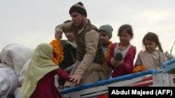 افغانستان ته ستانه شوي افغان کډوال.