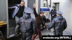 Центральный районный суд Минска, доставка задержанных на праздновании Дня воли