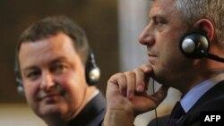 Ivica Daçiq dhe Hashim Thaçi, foto nga arkivi