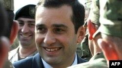 ირაკლი ალასანია მუხროვანის სამხედრო ბაზაზე