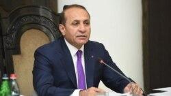 Հովիկ Աբրահամյանը հրաժարական է տալիս վարչապետի պաշտոնից