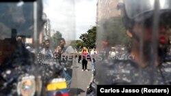 Karakasda Maduroya etiraz aksiyası