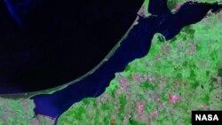 Балтийский залив, спутниковое фото