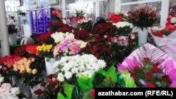 Түркмөнстандагы гүл базар, Ашхабад