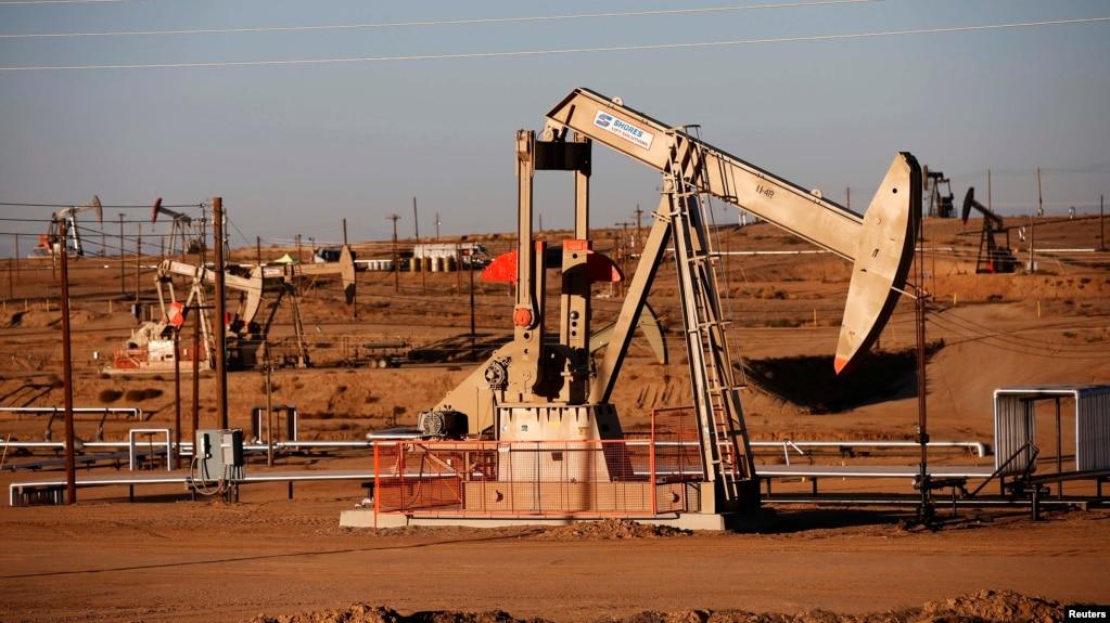 Цена нефти марки Brent упала ниже 60 долларов за баррель