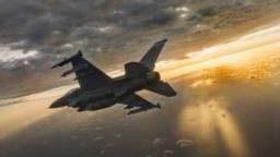 У Київ приїхали представники компанії-виробника винищувачів F-16