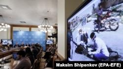 Один из брифингов с демонстрацией видеосвидетельств о применении химического оружия, Москва, 2 ноября 2017
