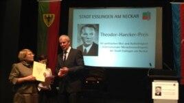 Leyla Yunus in German town, Hesslingen, accepting International Award for human rights