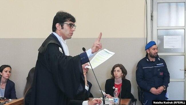Виступає прокурор обвинувачення Андреа Дзанончеллі, 24 травня 2019 року, Павія, Італія