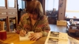 "Belarus - Sviatlana Alexievich signs her new book '100 quotes on Radio Liberty"",18jan2019"