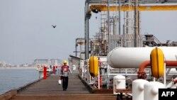 گفتوگو با پرویز مینا کارشناس ارشد نفت درباره بازگشت توتال به ایران