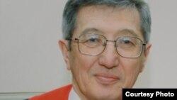 Пастор пресвитерианской церкви «Благодать» Бахтжан Кашкумбаев.
