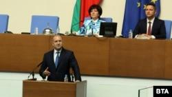 Бугарскиот претседател Румен Радев на денешното обраќање во Националнотособрание