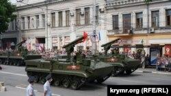 Російський військовий парад у Сімферополі, архівне фото