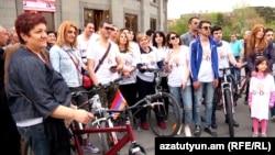 "Armenia -- ""Yerkir Tsirani"" starts the election campaign. 21April, 2017"