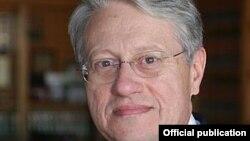 Николас Гарауфис, судья Восточного округа Нью-Йорка.