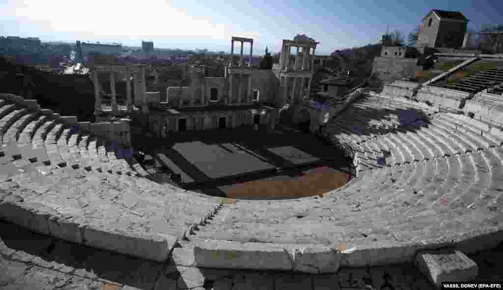 A Roman amphitheater built in the 2nd century, during the reign of Emperor Trajan