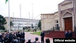 İlham Əliyevin Şirvan sakinləri ilə görüşü, 1 aprel 2010
