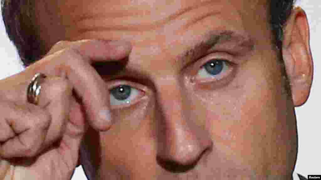 МАКЕДОНИЈА / ФРАНЦИЈА - Потврдена е средбата на претседателот Стево Пендаровски со францускиот претседател Емануел Макрон, информираа од Кабинетот на Претседателот. Средбата треба да се одржи на 12 ноември, кога Пендаровски ќе учествува на Парискиот мировен форум.