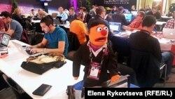 """Говорят, эта кукла побывала на всех конкурсах """"Евровидения""""!"""