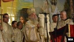 г.г. Стефан, Архиепископ, Охридски и Македонски на литургија за Велигден