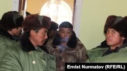 Куршабдагы кытайлык жумушчулар, Өзгөн району, Ош облусу, 9-январь, 2013.