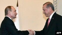 Vladimir Putin i Recep Tayyip Erdogan, Sankt Peterburg, 9. august 2016.