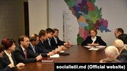 Zinaida Greceaniiîmpreună cu membrii fracțiunii parlamentare PS,19 martie 2019