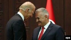 """Biden və Yıldırım """"kürd məsələsini"""" də müzakirə ediblər"""