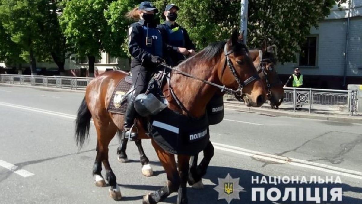 Полиция: в Украине 9 мая состоялось 495 мероприятий с участием почти 9 тысяч человек