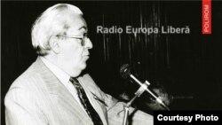"""Detaliu de pe coperta volumului """"Aici Mircea Carp, s-auzim numai de bine!"""", editura Polirom, 2013."""