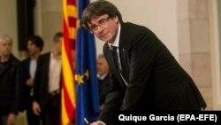 Presidenti katalan Carles Puigdemont s