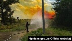 За даними поліції, 7 серпня на Дніпропетровщині з автоцистерни витекло чотири тонни азотної кислоти