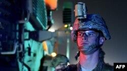 Американський військовий біля аеропорту Кабула, фото архівне
