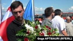 Траур по погибшим 3 года назад в Грузии, как и в России, стал событием общегосударственного значения