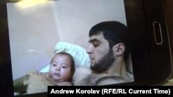 Рустам Назаров с сыном Умарали
