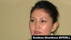 Құқықтық саясатты зерттеу орталығының атқарушы директоры Назгүл Ерғалиева. Астана, 22 мамыр 2012 жыл.