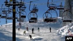 Большинство опрошенных хотело бы воспользоваться возможностями зимнего отдыха и поехать на горные курорты