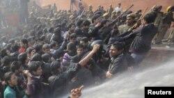New Delhi-də etiraz aksiyası
