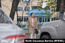 """Светская львица благоразумно отказывается от взрослых разговоров, то есть от интервью """"Кавказ.Реалии"""""""