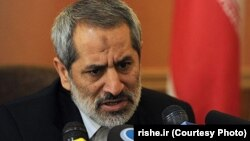 دادستان تهران تاکید کرده که دادستانی «در مورد مدیران مسئول رسانهها که خارج از چارچوب اقدام نمایند، مطابق قانون اقدام میکند».