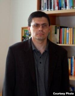 Ян Хольцер