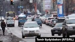 Дорожное движение в Бишкеке.